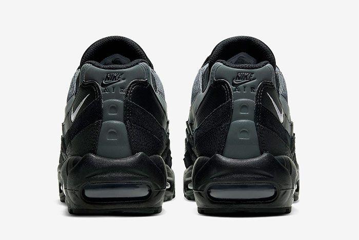 Nike Air Max 95 Smoke Grey Heel
