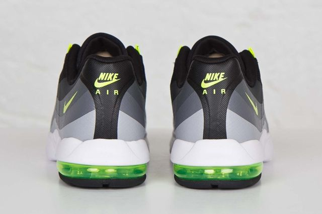 Nike Am95 Ultra Black Volt 2