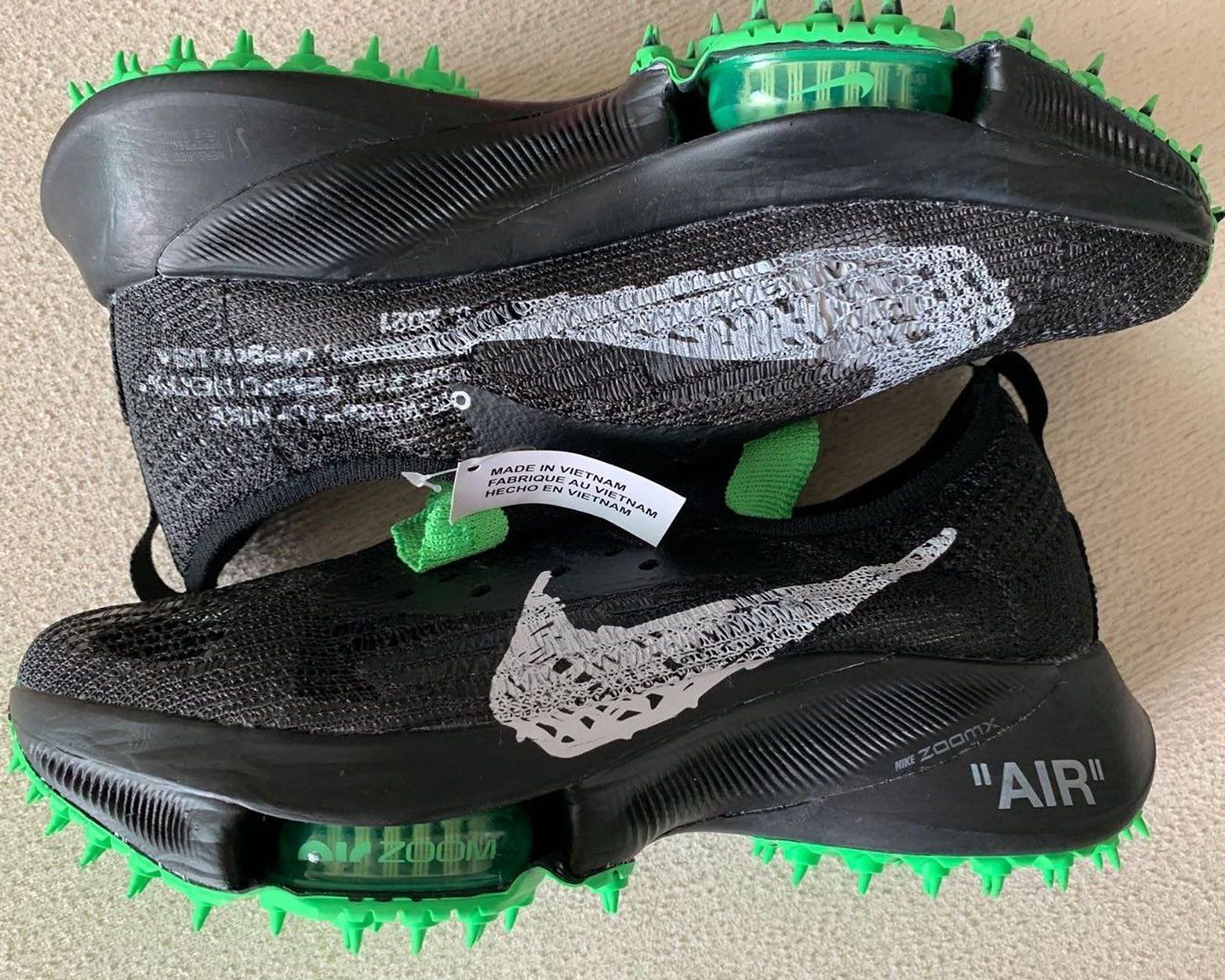 Off-White x Air Zoom Tempo NEXT%