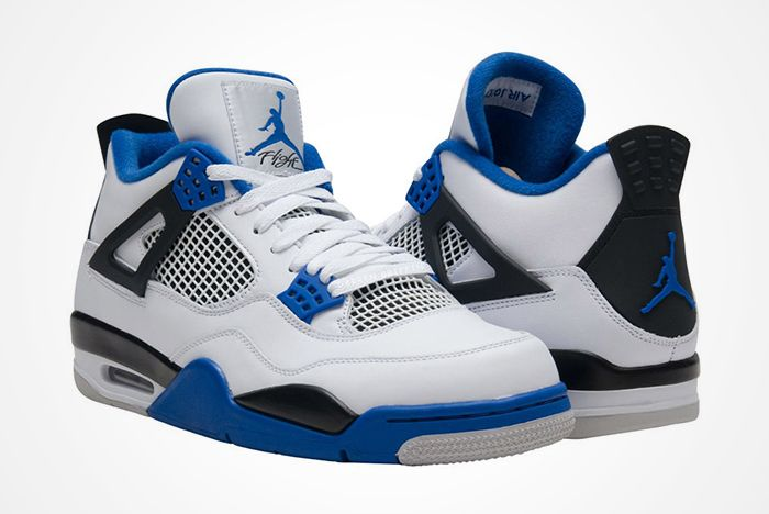 Air Jordan 4 Motorsports 2017 Retrofeature