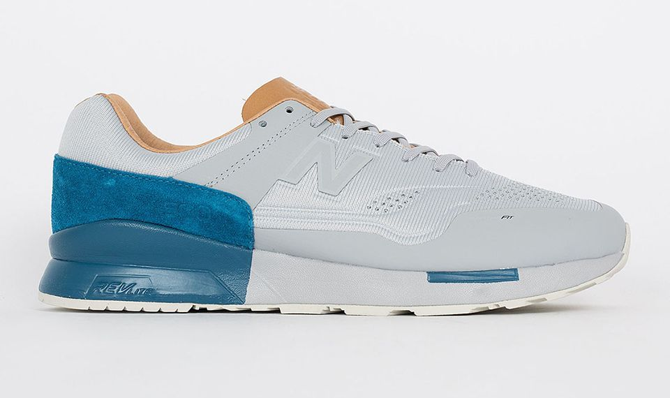 New Balance Re Engineered 1500 Silver Blue