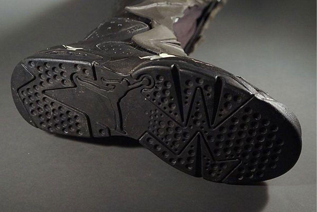 Air Jordan 6 Batman Returns Prop