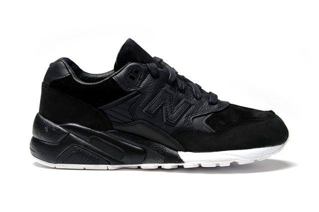 Wings Horns X New Balance 580 2