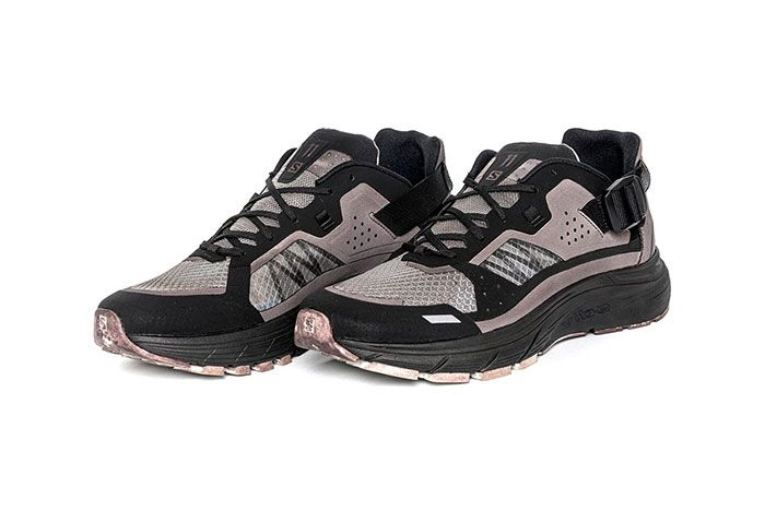 11 By Boris Bidjan Saberi X Salomon Spring Summer 2020 Footwear Black Low Lthree Quarter Angled Side Shot