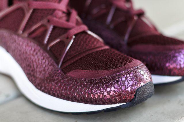 Nike Air Hu Burg 5