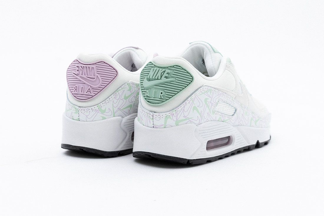 Valentines Day Nike Air Max 90 Air Force 1 07 Se Heel