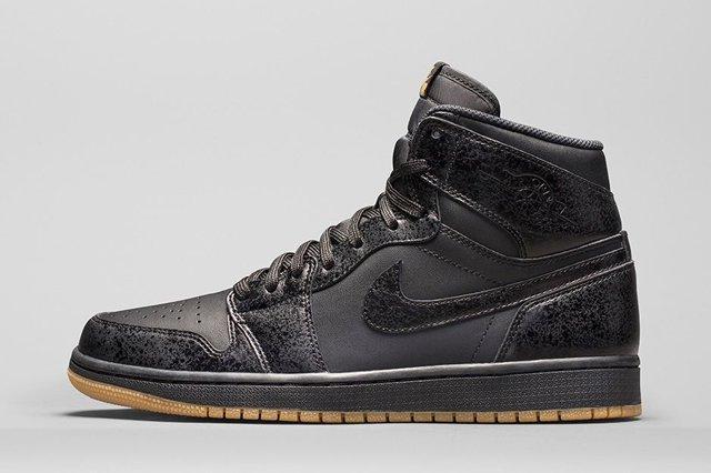 Air Jordan 1 High Black Gum Bump 3