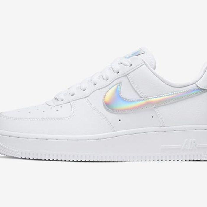 Barrio bajo Categoría estornudar  This Nike Air Force 1 Shines Bright Like a Diamond - Sneaker Freaker