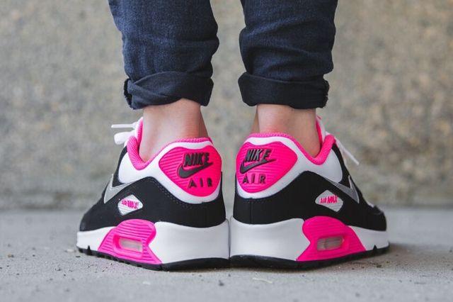 Nike Air Max 90 Metallic Silver Hyper Pink 2