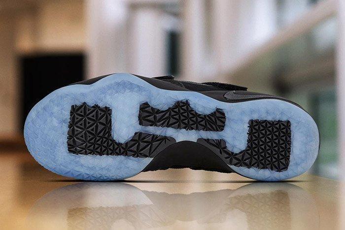Nike Zoom Lebron Soldier 11 Prototype Black 1