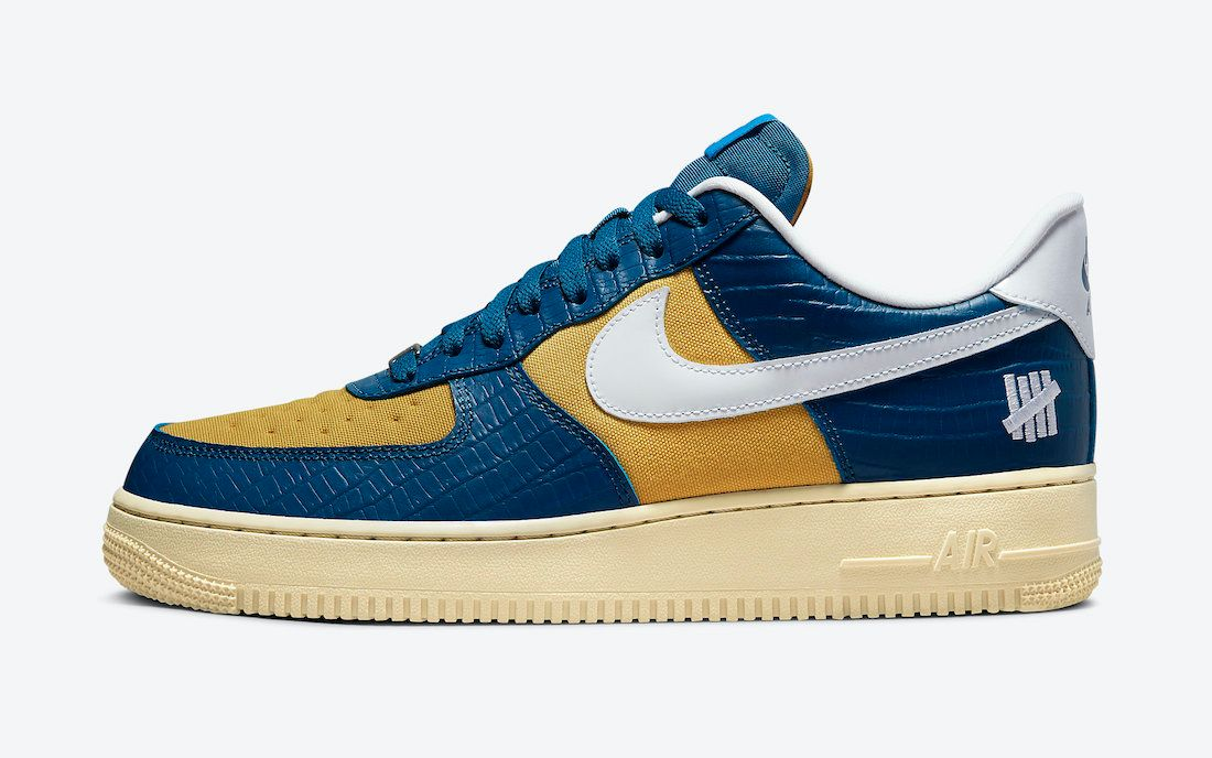 Undefeated-Nike-Air-Force-1-Low-Dunk-vs-AF1-