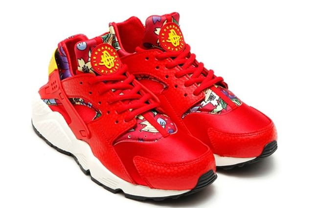 Nike Floral Huarache 3