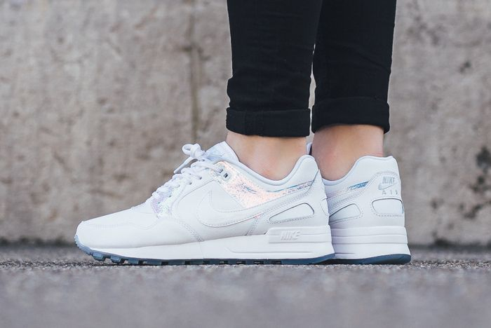 Nike Wmns Iridescent Pack2