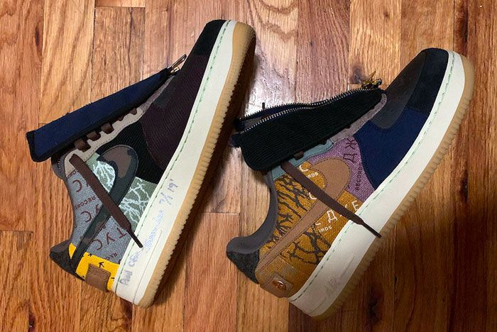 Travis Scott Air Force 1 Low Right