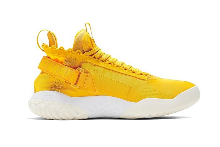 Jordan Proto React Yellow White Medial