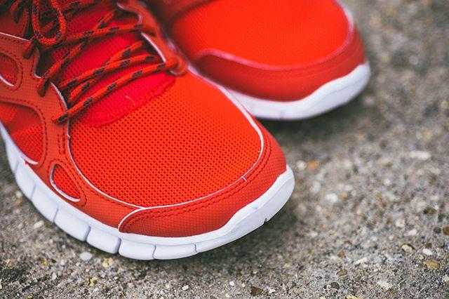Nike Free Run 2 Light Crimson