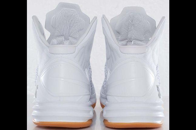 Undftd X Nike Hyperdunk Heel 1