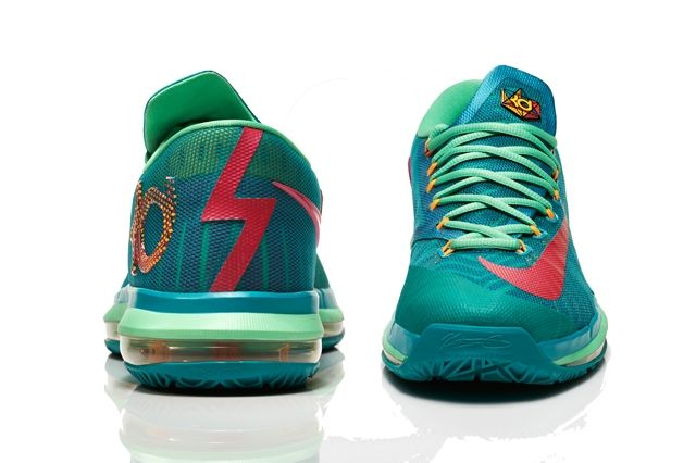 Nike Basketball Elite Series Hero Collection 19