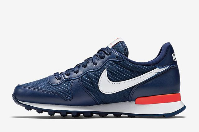 Nike Wmns Internationalist French Open Navy 2