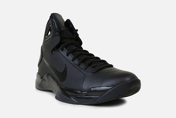 Nike Hyperdunk 2008 Retro Triple Black 1