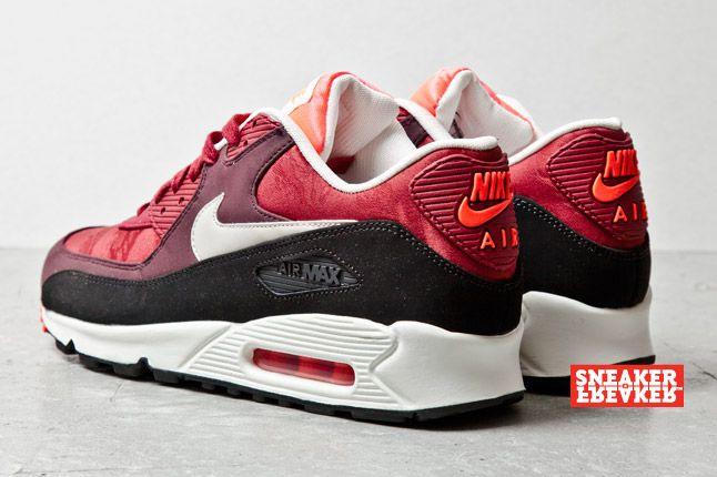 Nike Air Max 90 Prm Team Red Jaquard Heels 1