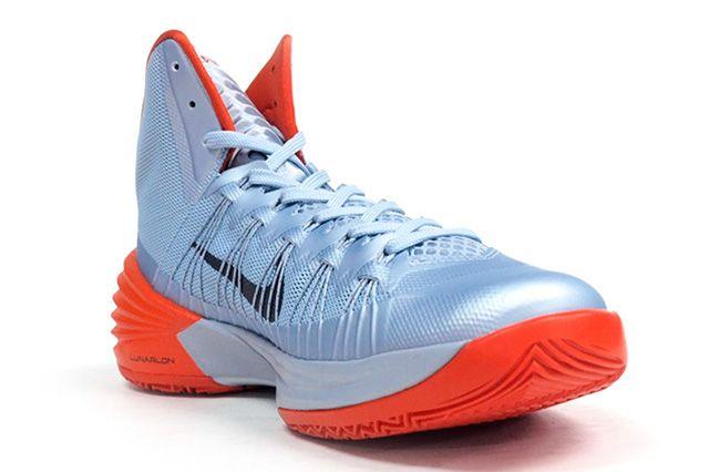 Nike Hyperdunk 2013 Silver Orange 1