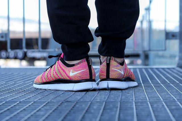 Nike Free Flyknit Nsw Pink Flash 3
