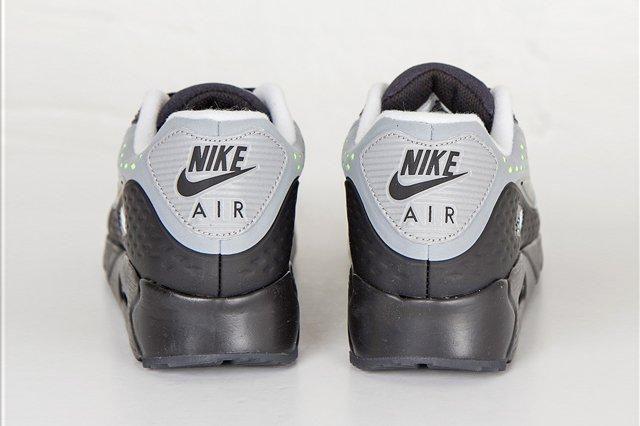 Nike Am90 Ultra Br Neon End Bump 3