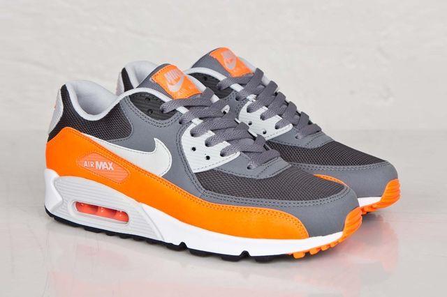 Nike Air Max 90 Anthracite Total Orange 2