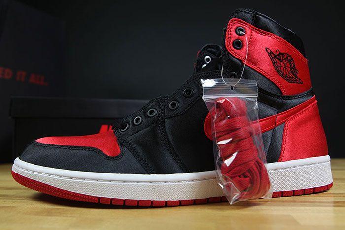 Air Jordan 1 Satin Bred 4
