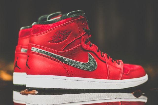 Air Jordan 1 High Og Red Olive 6