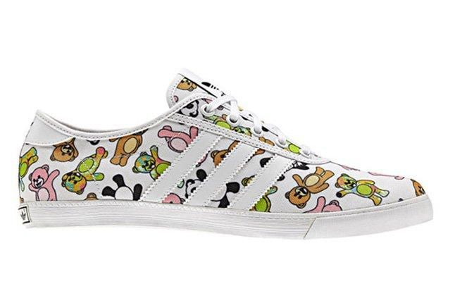 Jeremy Scott X Adidas Originals Js P Sole Bear Print Lateral Profile 1 1