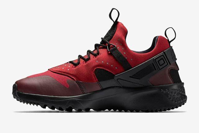 Nike Huarache Utility Blackgym Red3