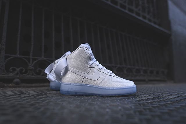 Nike Air Force 1 High Wmns White Pearl