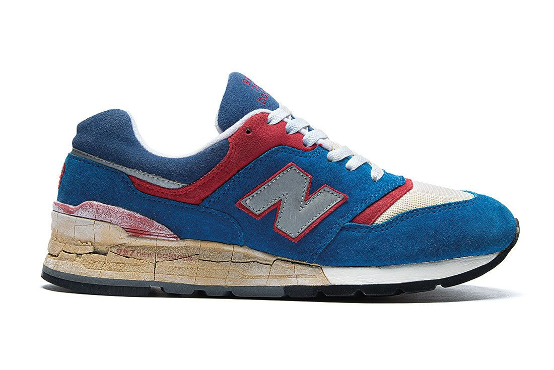 Nb 997 Blue Red