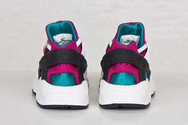 Nike Hua Radiant Emerald Fuschia Bumper 3