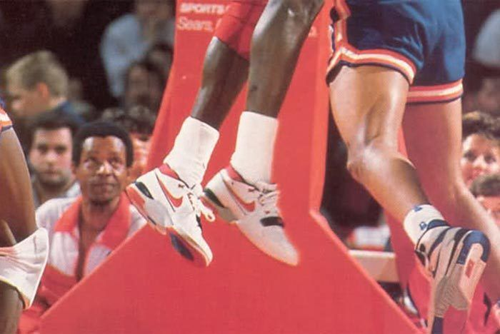 Nike Air Alpha Force 8