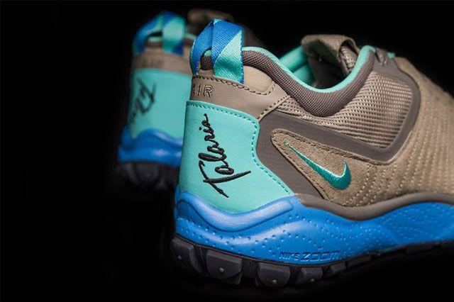 Sneakersnstuff X Nike Zoom Taria Fearless 4