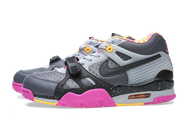 Air Trainer Iii Qs Bo Knows Horse Racing Sideview