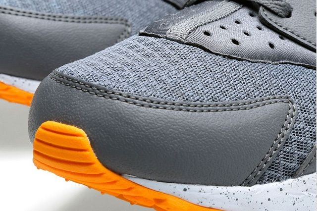 Nike Air Huarache Cool Grey Atomic Mango 7