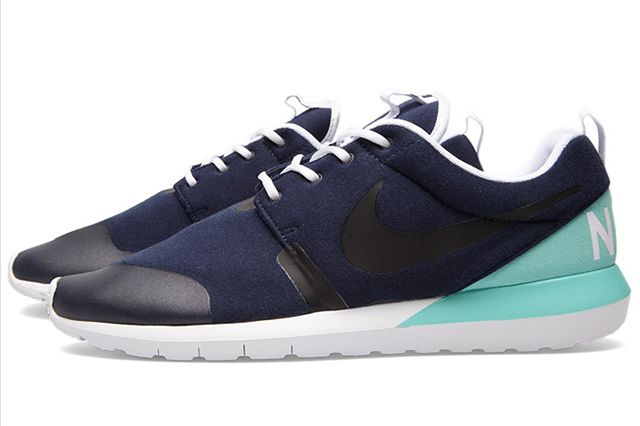 Nike Roshe Run 4