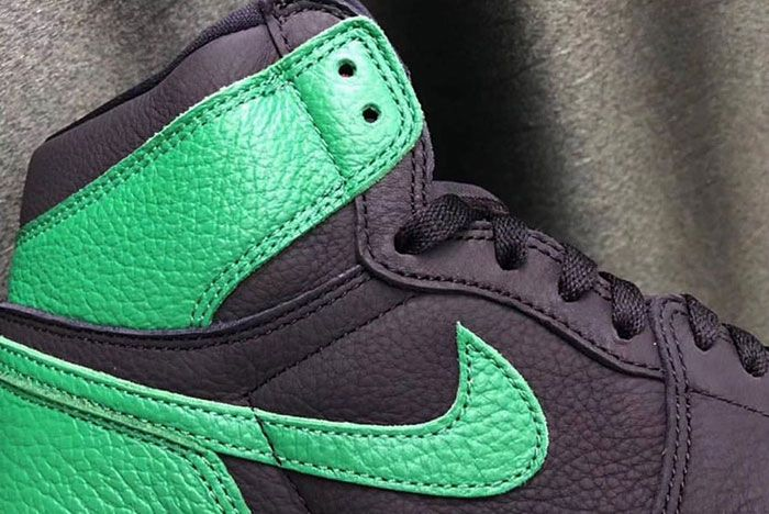 Air Jordan 1 Pine Green Leak Collar