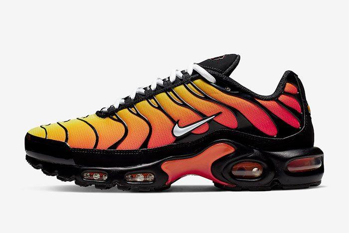 Nike Air Max Plus Tiger Black Orange Left