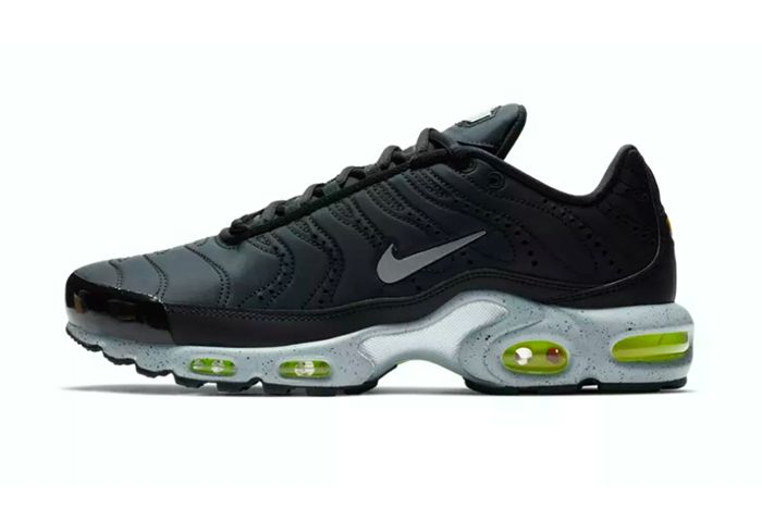 Nike Air Max Plus Premium Black Grey 1