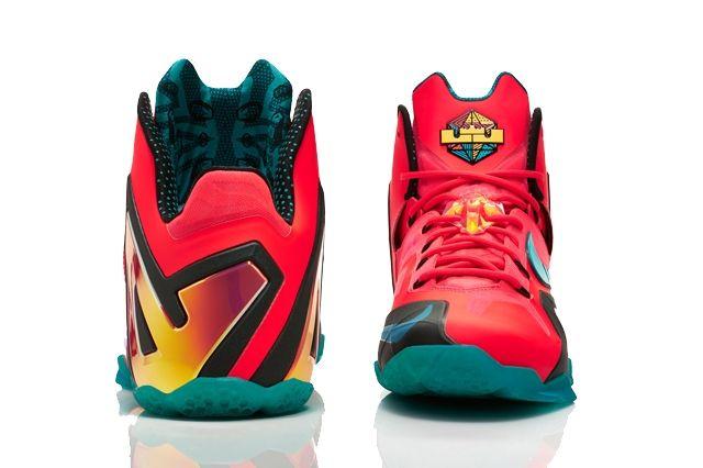 Nike Basketball Elite Series Hero Collection 20