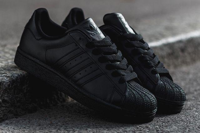 Adidas Superstar Triple Black 2