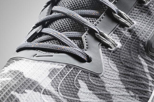 Nike Zoom Field General 8