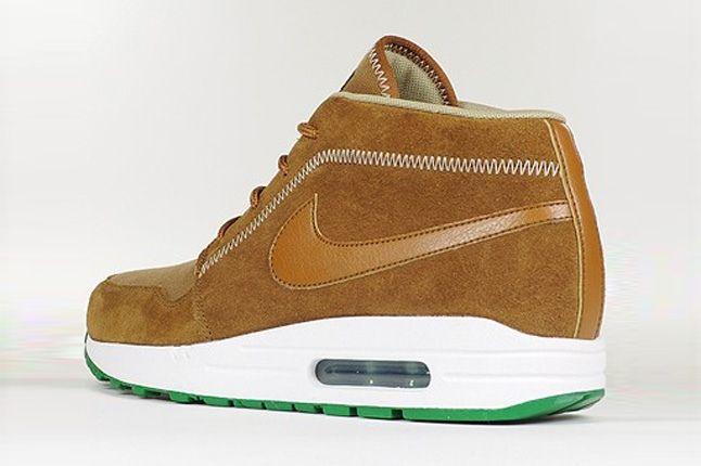Nike Wardour Max1 Britishtan Khaki Heel Quarter 1