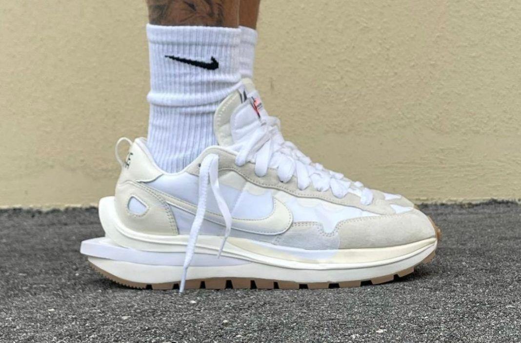 sacai x Nike VaporWaffle 'Sail' on foot leak
