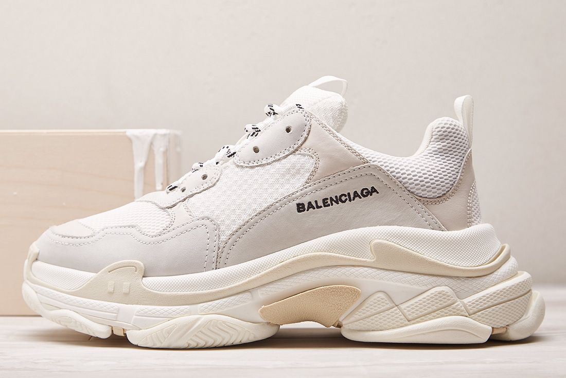 Balenciaga Triple S Cream Sneakerfreaker5